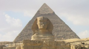 Picture of Giza pyramid and the Great Sphinx